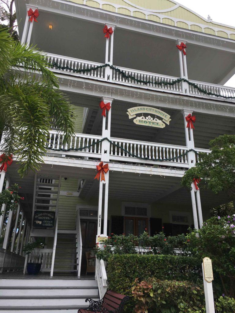 Island City House